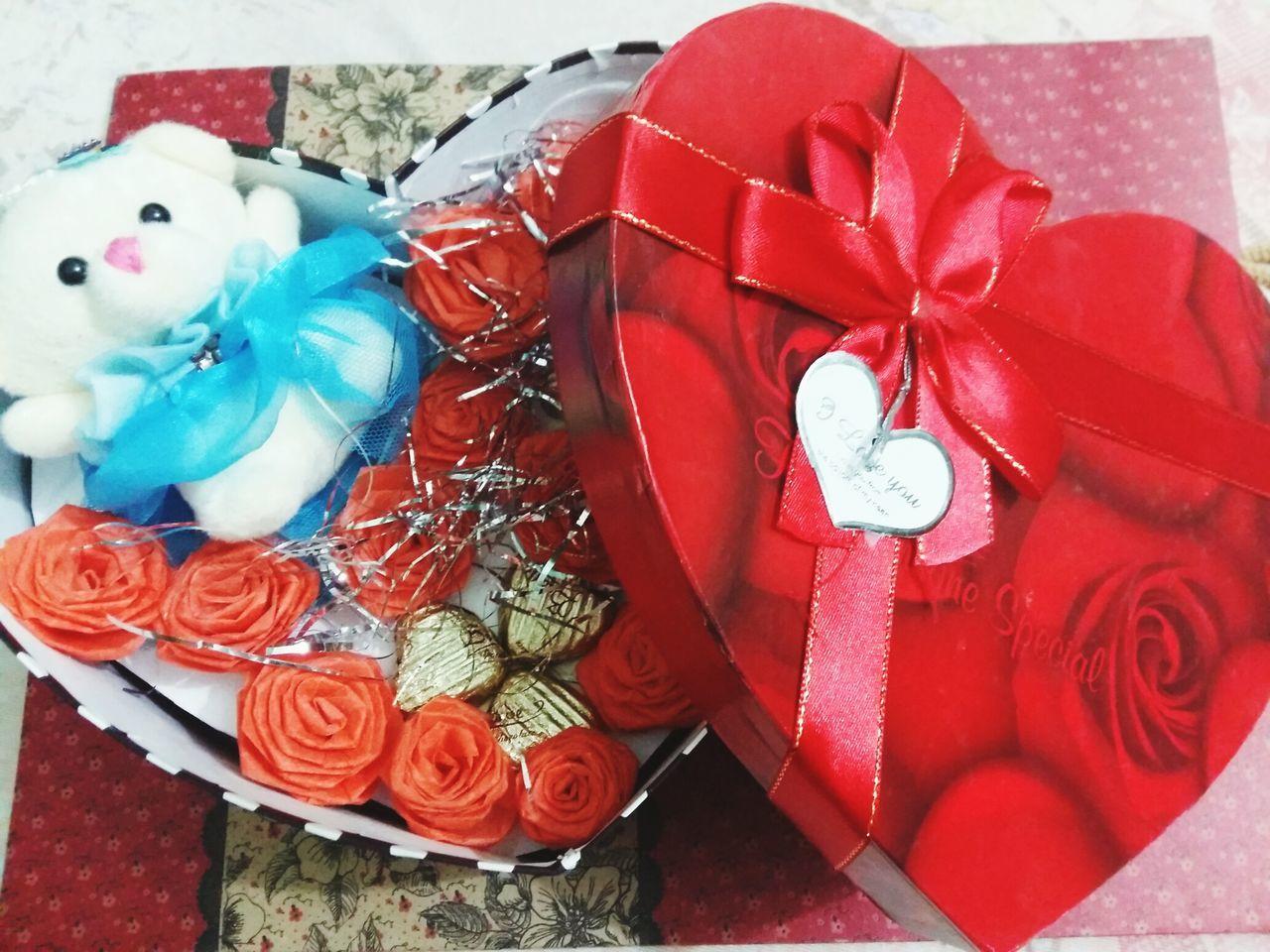 My Valentine Day Gift (: Chocolate Chip Cookies