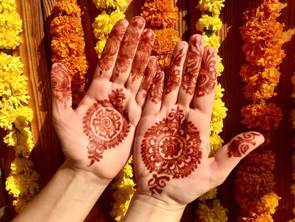 Indian mehndi painting Indian Colours India Indian Wedding Human Hand Cultures Women Beauty Mehndi Mehndi Night Mehndiart Henna Henna Tattoo