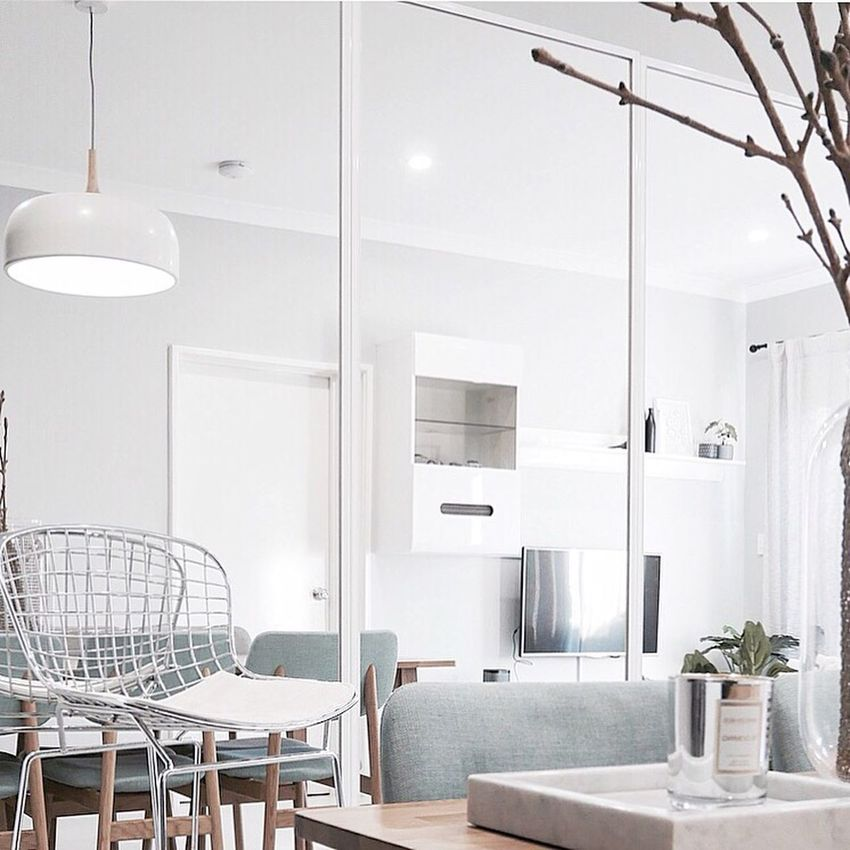 Your home should tell the story of who you are and be a collection of what you love • Nate berkus 🍁 Home Sweet Home Chair Table Dining Table Dining Room Neat Interior Place Setting Followme Decoration Homeideas Homedesign Dining Home Interior Interior Views Interiorstyling Interior Decorating