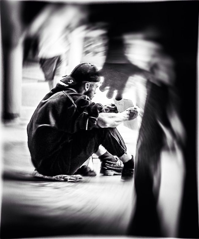 Blackandwhite Street Expression Movement Street Reality