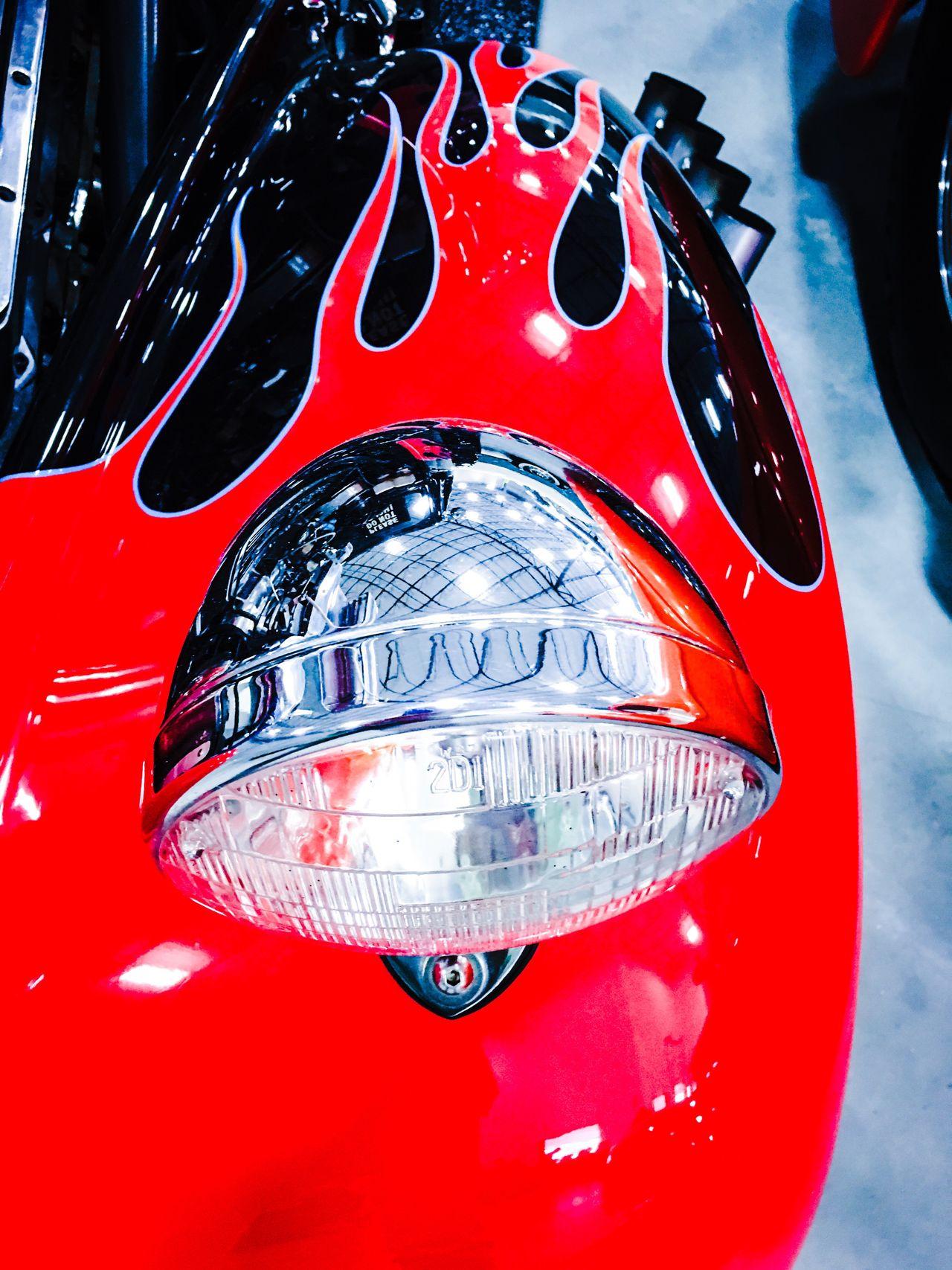 Spotlight Spotlights Headlight Shiny Shine Bright Bright Colors Brightness Bright Red Fender American Cars PaintJob American Cars Vintage Car Love USA Chrome Chromeshooting Vintage Cars Musclecars Car Car Lovers Chrome Series Old Cars MeinAutomoment