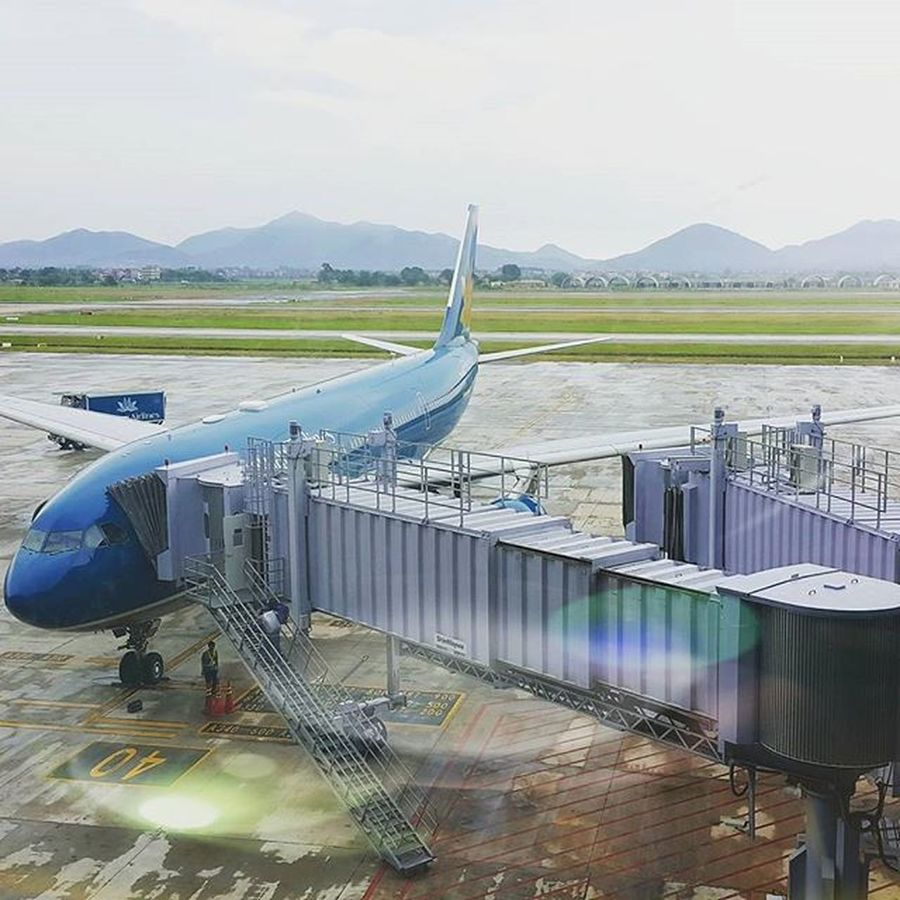 Enjoy your Flight ✈ Noibaiinternationalairport Vna Vietnamairlines Boarding Sunshine