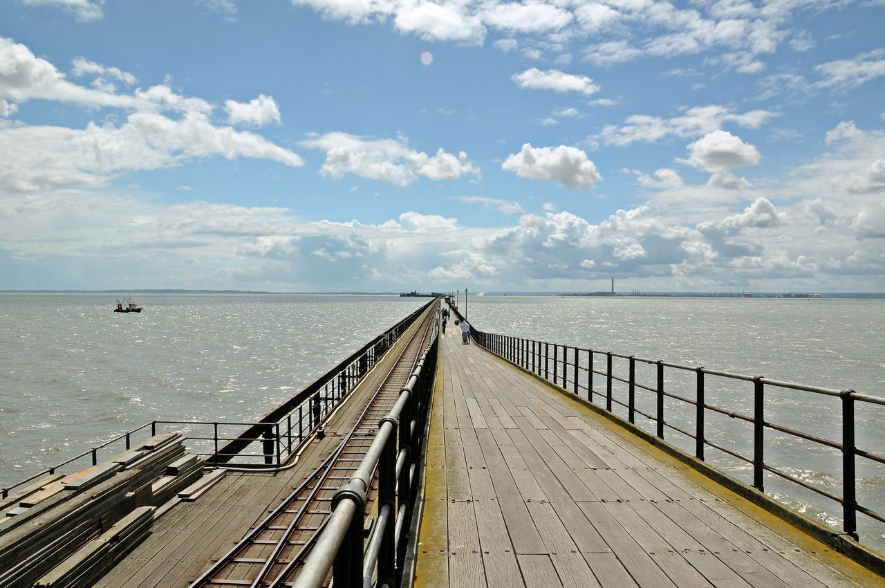 Southend Pier - the longest pleasure pier in the world (2.14 km) Cloud Cloud - Sky Diminishing Perspective England Horizon Over Water Long Outdoors Pier Scenics Sea Sky Southend On Sea Southend Pier The Way Forward Water