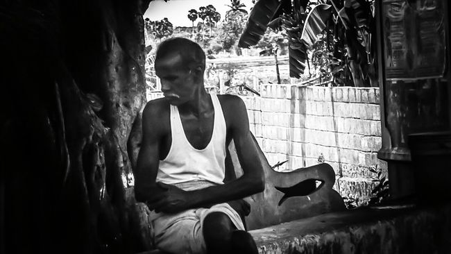 The Portraitist - 2016 EyeEm Awards The Street Photographer - 2016 EyeEm Awards The Photojournalist – 2016 EyeEm Awards Casual Clothing Casual Look Unknown People At Road Portrait Of Innocence Street Photography EyeEm Best Shots Close-up Photo Of The Day Taking Time To See The Little Things My First Pic On EyeEm Looking Down Aged Person Simple Moment Simple Clothing Looking At Things On Road Photography Portrait In Black And White Back And White Version