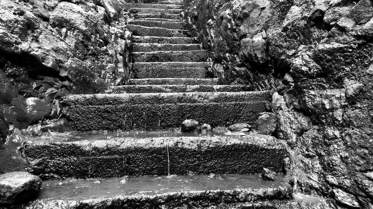 Never look at the whole stairs.. just take the first step. Blackandwhite Incredible India India Mountains Nature Outdoors Staircase Steps Steps And Staircases Trekking Trekking #travelling #sightseeing Wateronrocks