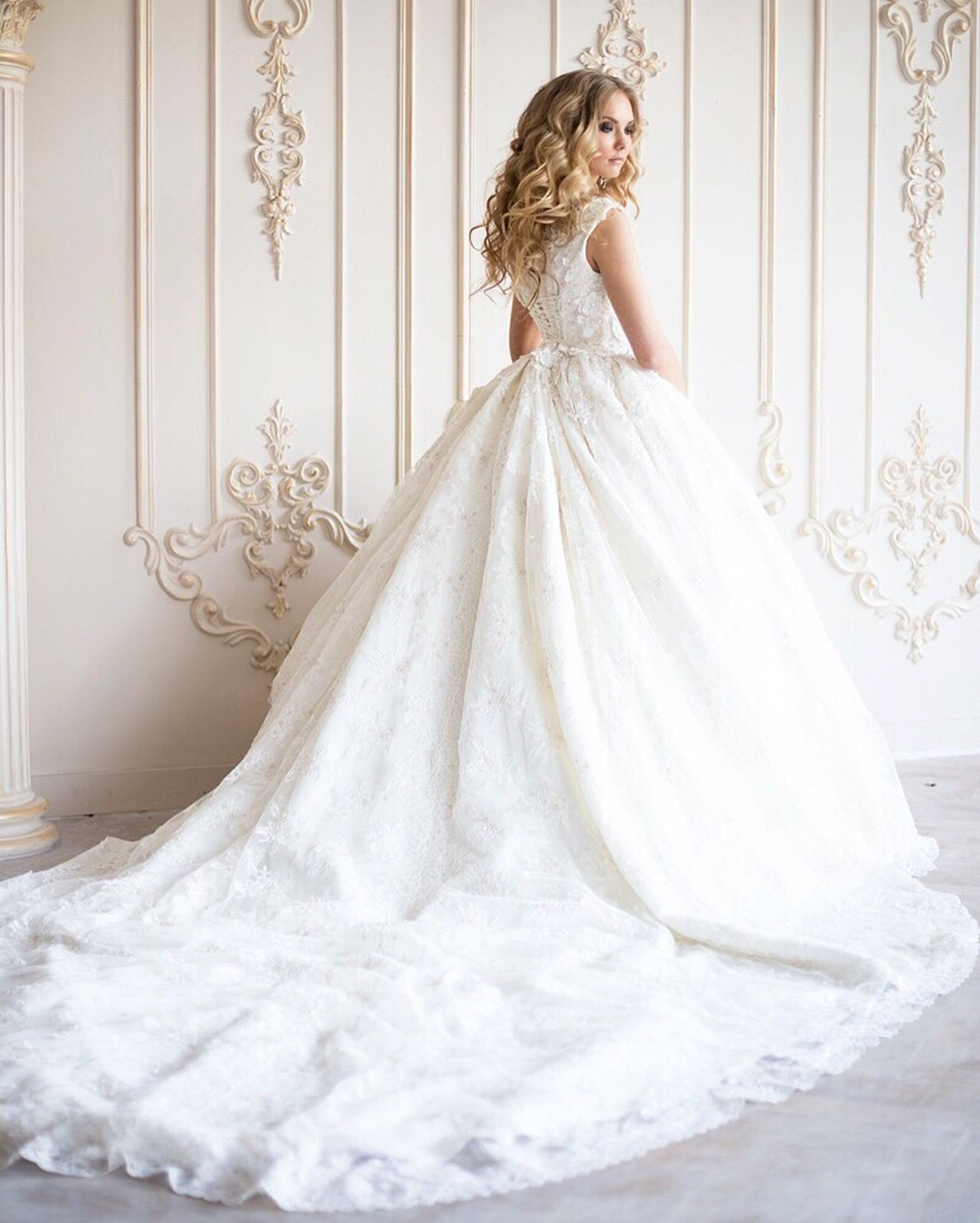 Beautiful stock photos of prinzessin, one woman only, wedding dress, beauty, bride
