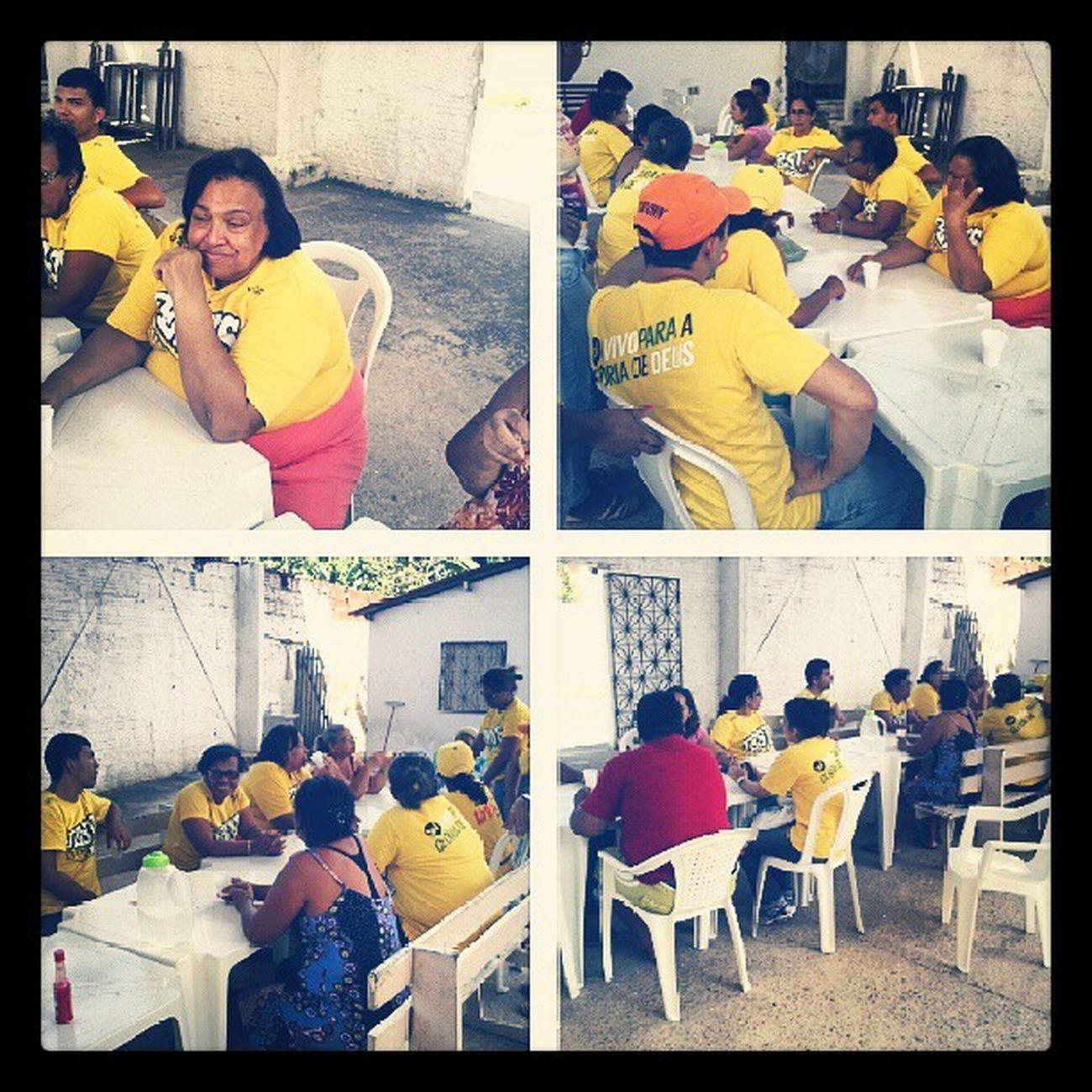 Missionários reunidos. Muita bom estar com eles. Miss õesNacionais Evangeliza ção Evangelizar Godislove Deusacimadetudo