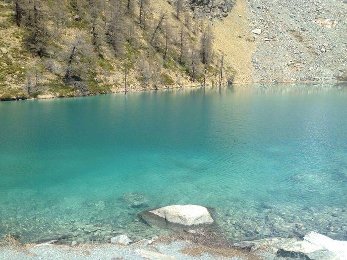 Nature Beauty In Nature Outdoors Trekking Alps Mountain No People Lake Lakeshore