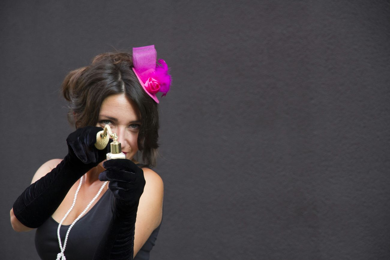 photo made by Kasia Kuriata Photoshoot Outdoor Photography Eleganza People Redlips Black Cat VoilàVoilà Etvolià