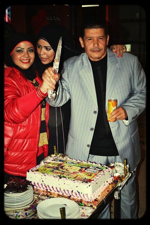 cutting the cake ♡♡..