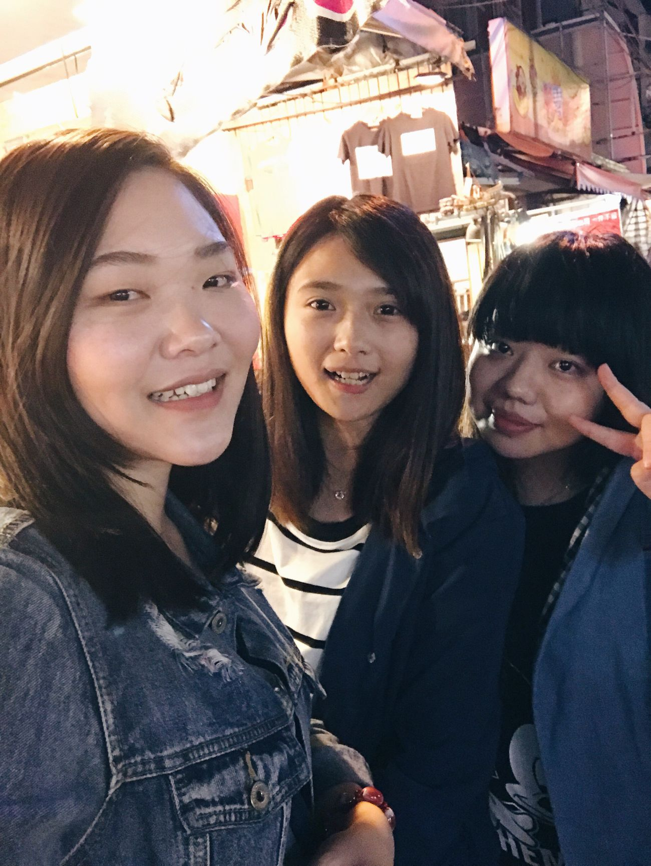 20161030 Happiness Friendship Young Women Taking Photos Happiness Hanging Out Relaxing Outdoors EyeEm Women Photography Vscocam VSCO Yolo Enjoying Life Beauty Kate's Daily Taiwan Hello World Nightmarket