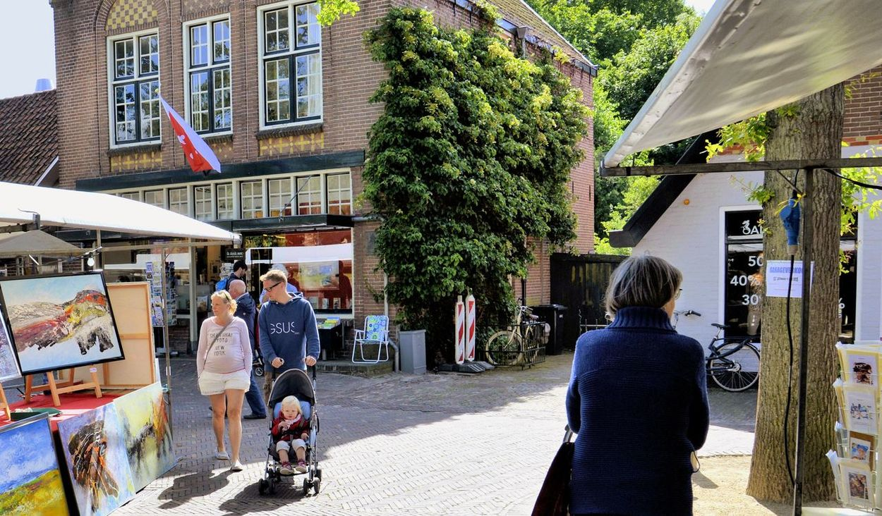Bergen Aan Zee Holland❤ Art Market Hanging Out Relaxing Taking Photos Enjoying Life EyeEm Best Shots Holidays ☀ Streetphotography