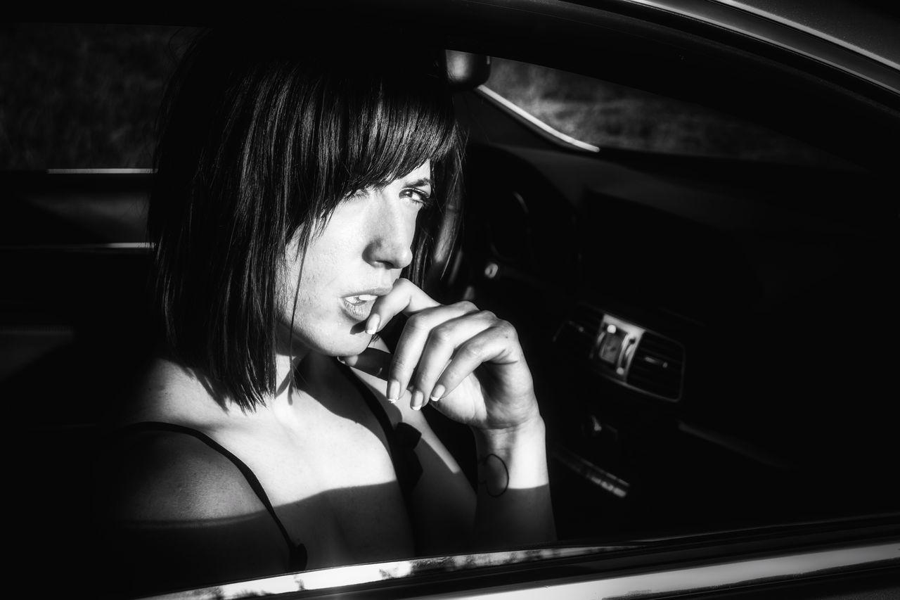 The Portraitist - 2017 EyeEm Awards Eyeemphotography Only Women SesionDeFotos People Photography