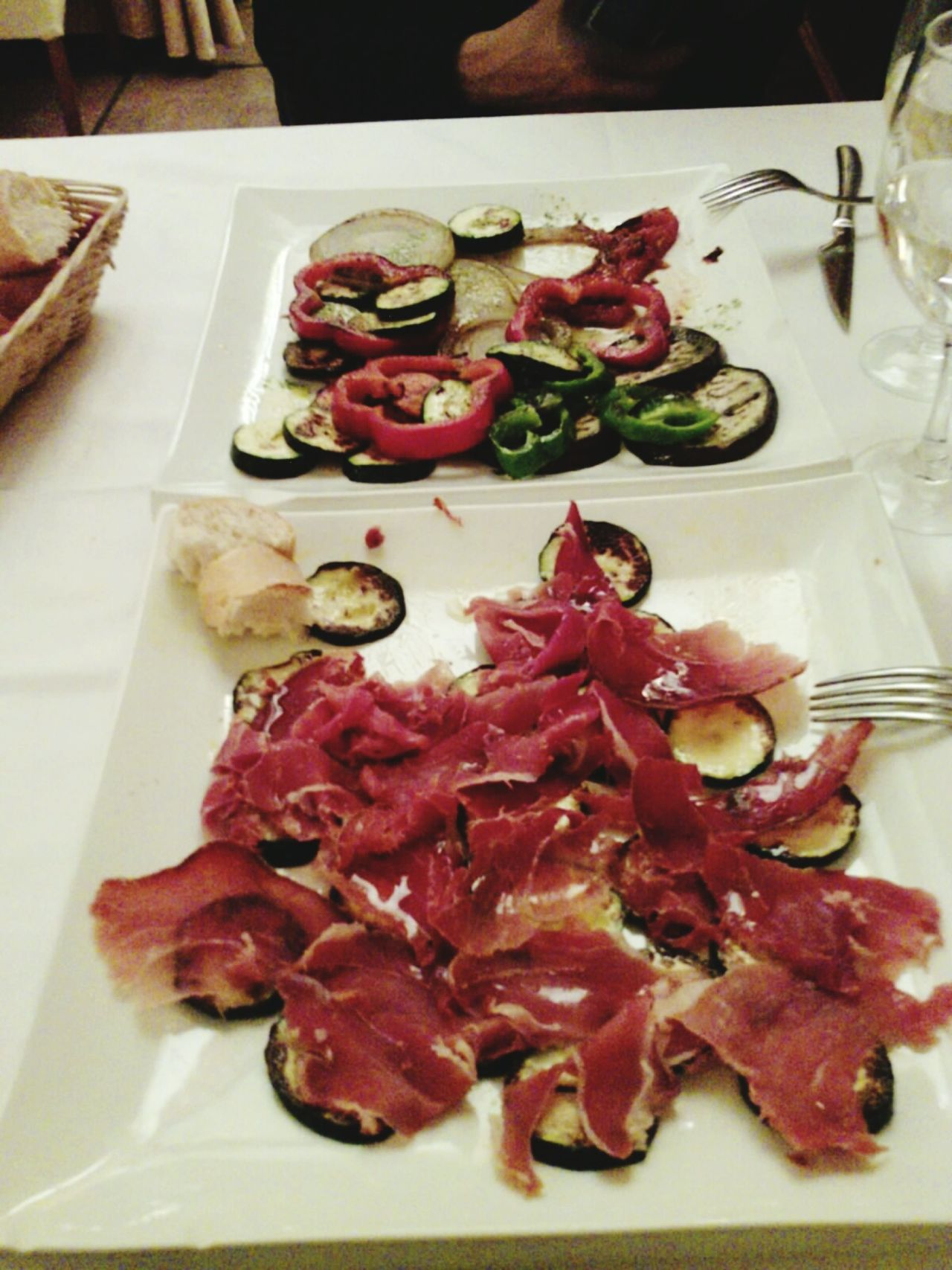 Named after the painter Vitore Carpaccio Raw Sirloin Meat And Vegetables Delicious DeliciousFood  raw food Food And Drink Meat Food Carpaccio Courgette Food Photography Italy🇮🇹