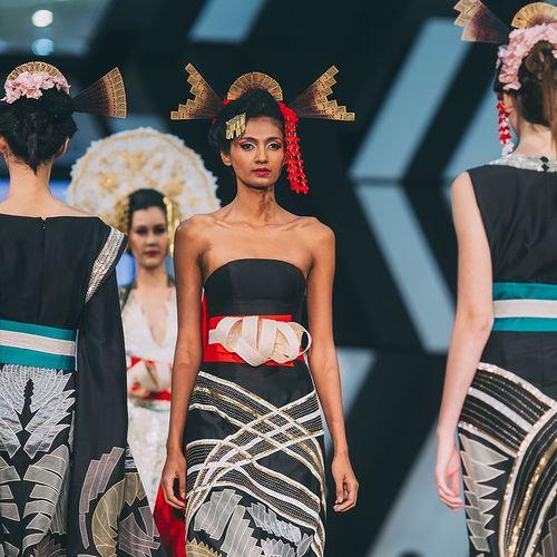 Fashion FashionRunway Japanese  Fashionweek