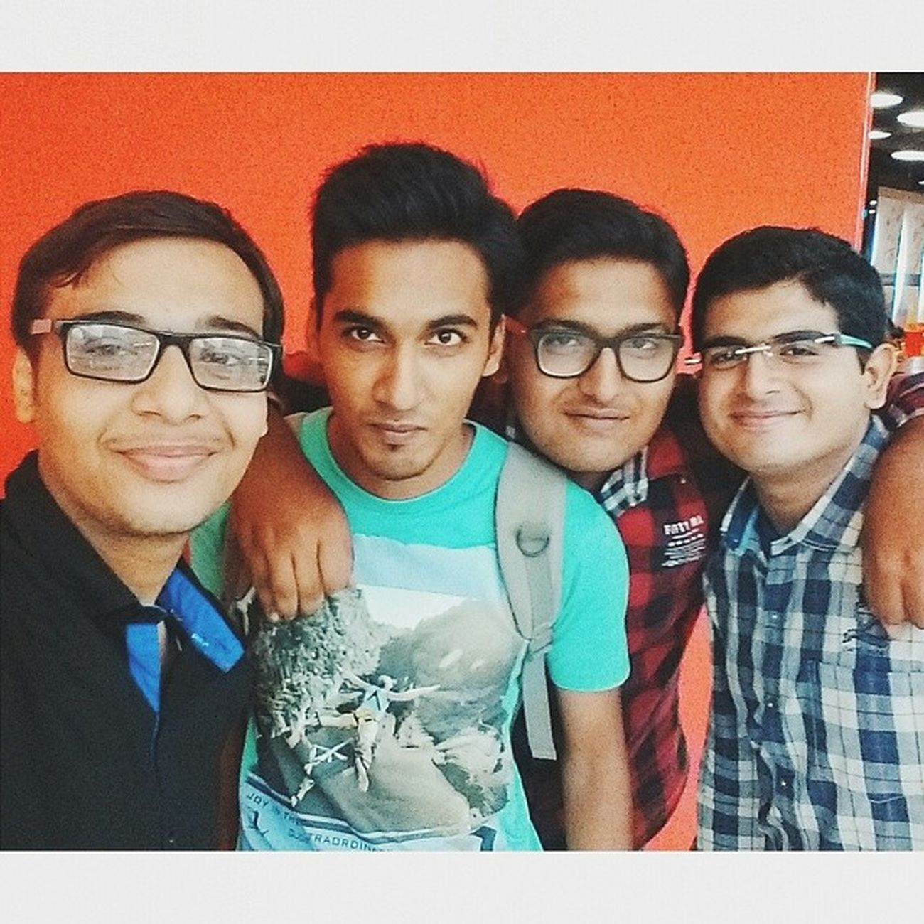 This Moment, We Own It! :D Happiest Bday Yaara! God Bliss Yeww!! :P :* Had a Grt Tym together.!! Funfrnd Greattime Nerd AccidentalEngineer ComicGeek BatFans Yaaram Posers