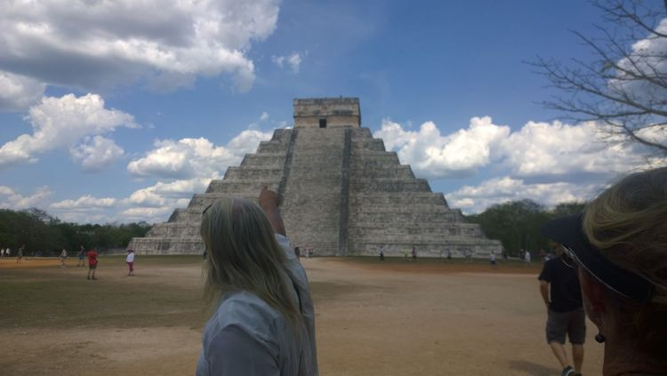Atmosphere Cancun Chichen Itza Clouds Colors Mayan Ruins Mexico Pointing Sky Tour Guide