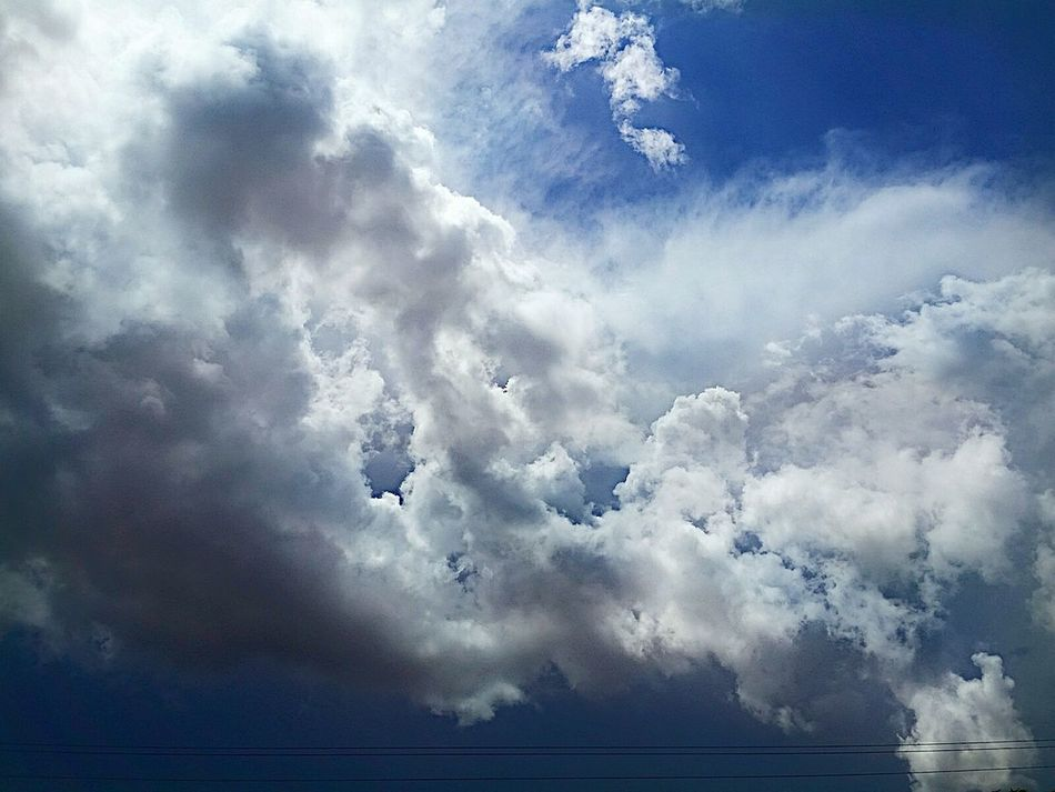 Laporte Texas Beautufulwiew Stormy Clouds Cloud - Sky Sky Outdoors No People Breathing Space