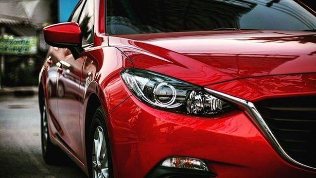 Mazda MaZda3 Mazda3skyactiv Mazda3thailand Red Soulred Mazda3soulred Smile Funny Bokeh Picture Photo CameraMan Photographer Fujifilm Fujixe1 Fujithailand Xe1 Lens Manuallens Cannon Vintagelens Canonfd50mm Canonfd50mmf1_4 50mm f1_4 50mmlens thailand bangkok