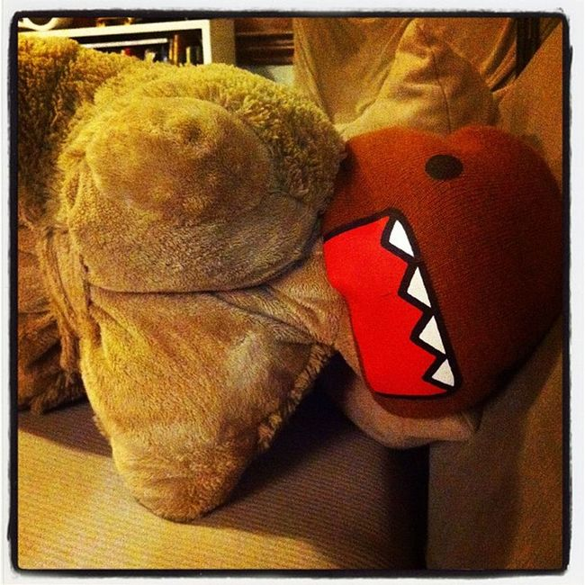 Sitting on the coach watching the #CapsHabs game, look up and this guy is sitting next to me. #pillowpet #domo #kids Kids DOMO Pillowpet Capshabs