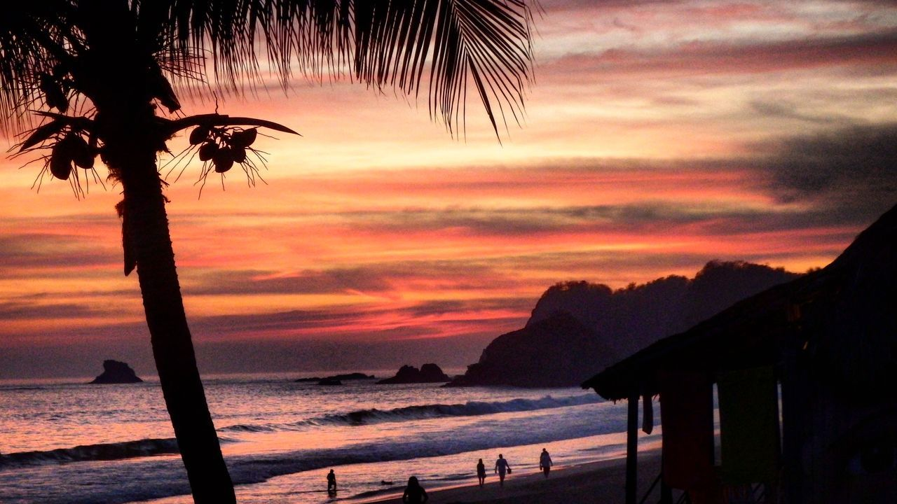 Sonnenuntergang Meer Pazifik Palmen Roter Himmel Himmel Wolken Strand | Sunset Red Sky Sky Sky And Sand Sea Beach Palm Trees PalmHouse | Pacific Ocean Zipolite Mexico