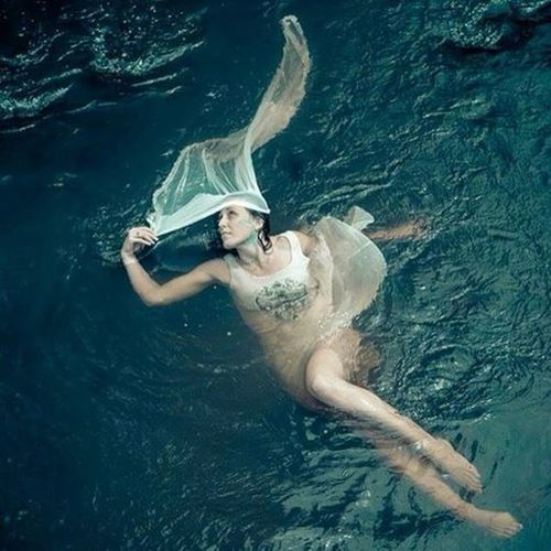 Houseofphoenixeleven Creek River Fairy Faerie Model @byronbaybs @byronbaybs @byronbaybs @byronbaybs Byronbaybs Mtwarning Majestic Art Photography Photographer Fineartphotography Friendship Goddess Floating Freedom Free