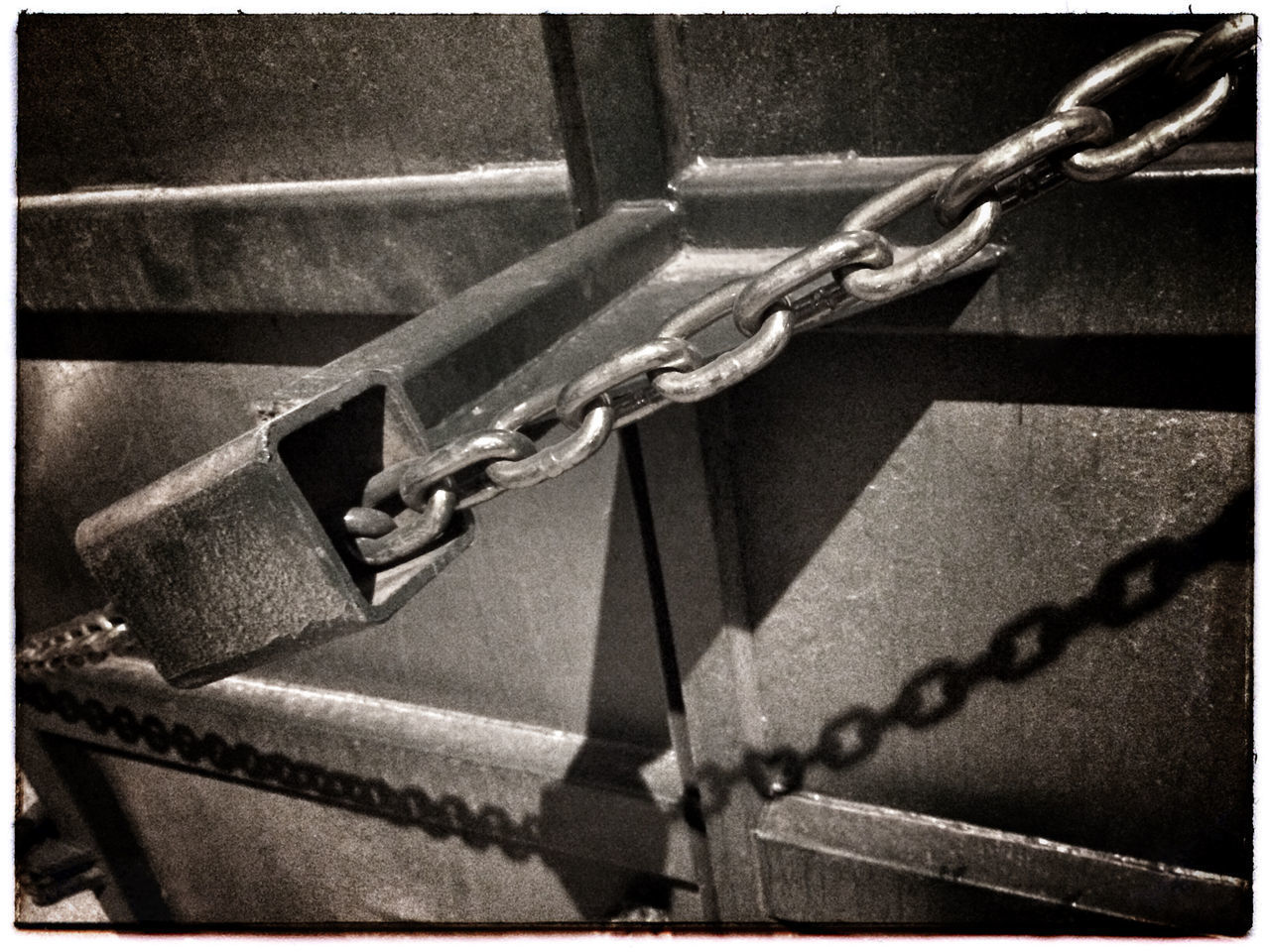 Chain and shadow. Photo Of The Day Photography Iphone 5 Shadow Chain