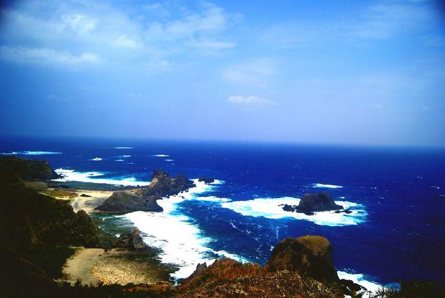 藍色的海 白浪濤濤??