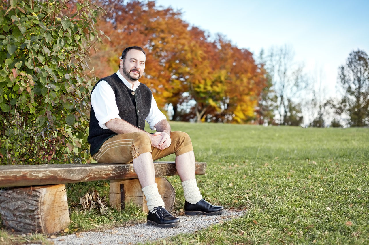 Beautiful stock photos of bart, 45-49 Years, Beauty In Nature, Bench, Casual Clothing