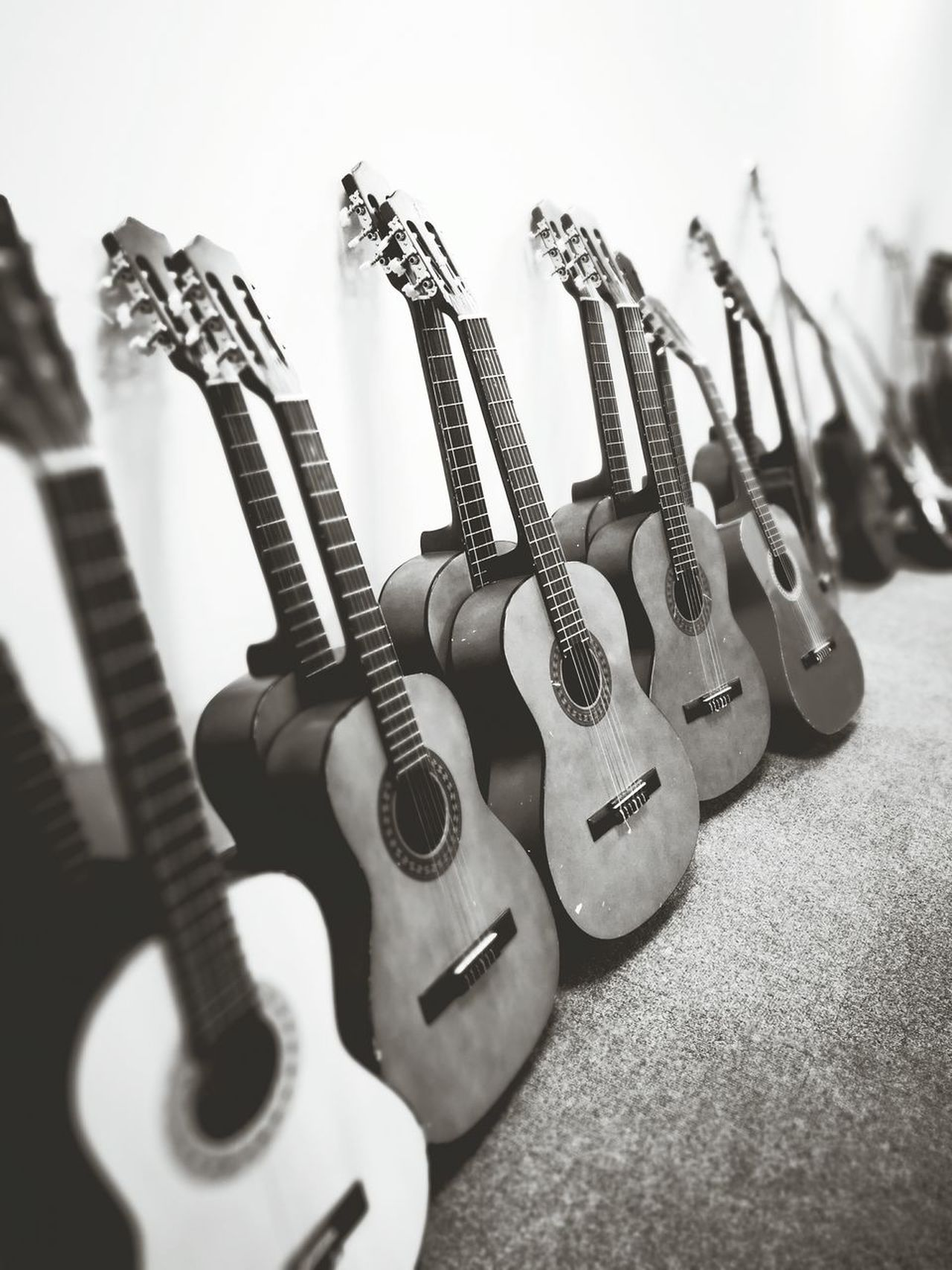 Musical Instrument Music Arts Culture And Entertainment Guitar Musical Instrument String No People Electric Guitar Indoors  Day Close-up Acoustic Guitar Acoustic Learn Leisure Activity Bw Photography Photographer Picoftheday