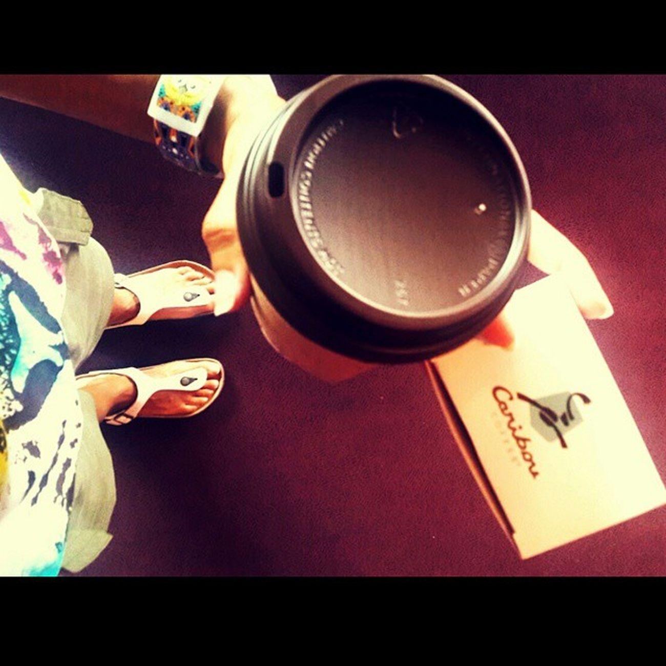 The Monday 💪 Monday Coffee Macaroon Goodmorningcoffee diemondaydie sumner work whereistand latte