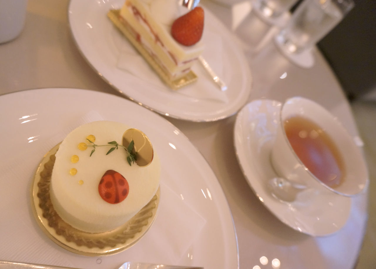 2013 Cake Dessert Food Food And Drink Freshness Palace Hotel Plate Sweets Table Tea Tea Time ケーキ デザート パレスホテル ラウンジ 紅茶