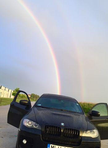 Have a nice day✌🏽️😁🍀🍀 Rainbow Rain Rainy Day Awesome Bestoftheday Wonderful Bmwx6 Bmw Beauty In Nature Beautiful Beauty Lucky Luckyday Hi Szegedilacko