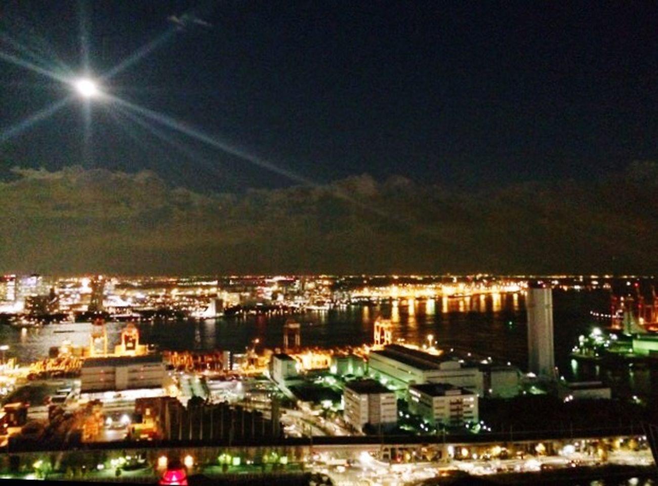 天王洲アイル オフィスビル屋上から撮影。東京湾も捨てたもんじゃぁ ござーせん Tokyobay 東京湾 天王洲アイル