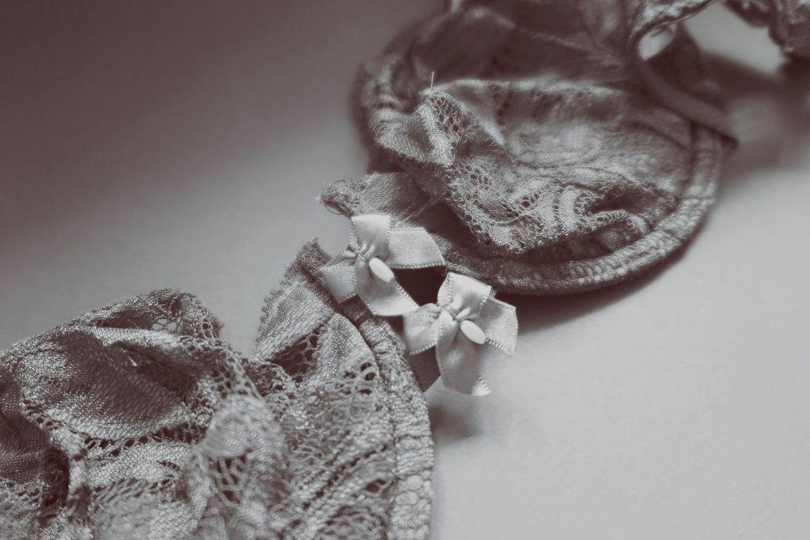 Black And White Blackandwhite Bra Close-up Creativity Dessous Detail Directly Above Fashion Fashion&love&beauty Loops Monochrome Negligee No People Still Life Studio Shot Underwear😈 Womenswear Wool Lieblingsteil