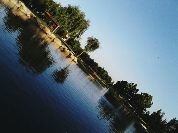 EyeEm Selects EyeEmNewHere Park Shots🍀 Reflecting Water