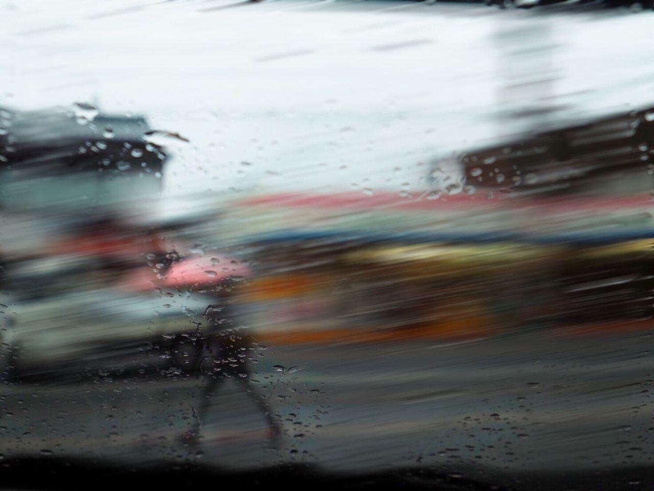 Blurred Motion Japan People Watching Street Photography Walking Railing RainyDay Fujifilm FUJIFILM X-T1