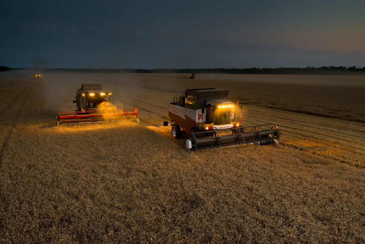 Beautiful stock photos of lkw, Agricultural Machinery, Agriculture, Combine Harvester, Crop