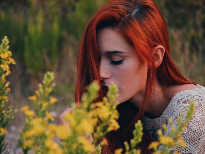 People And Places Flower Nature Beauty Beautiful Naturelover Redhead Ginger Essence Colorful Wanderlust Campvibes Mountain Naturelovers Goodvibes Outdoors Beauty In Nature Bohemian Frekles Red Lips Goodvibrations VSCO Nature Portrait Peace
