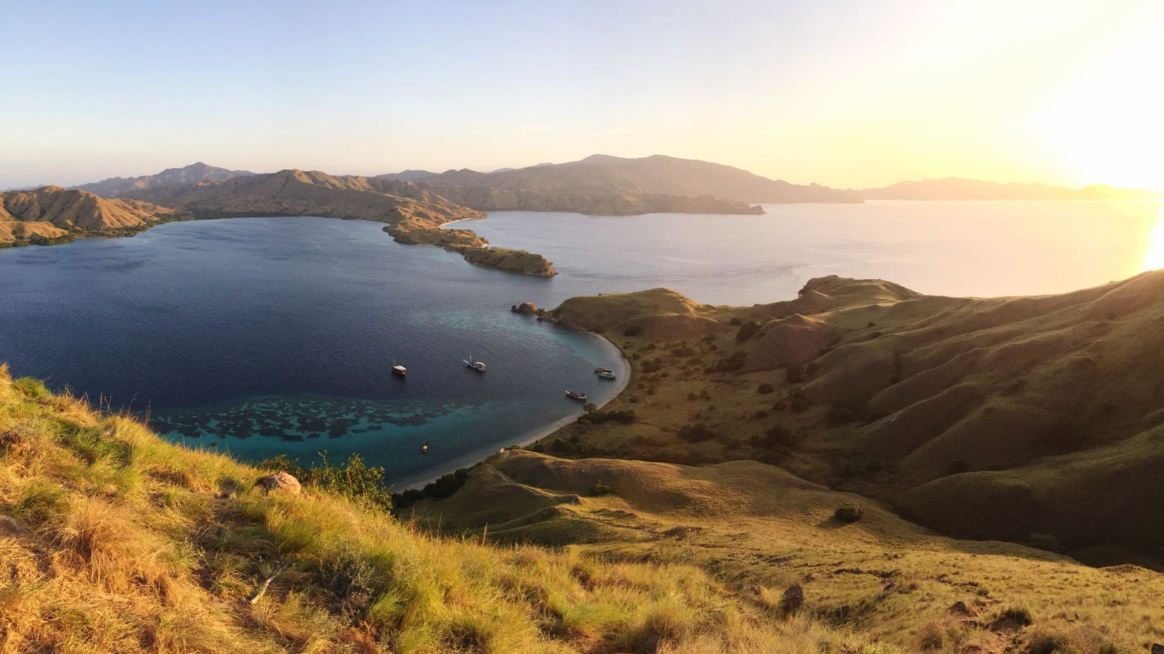 Tiring steep trek to the top but this view's so worth it 😍 Hello World Enjoying Life INDONESIA Flores Komodo Nature Enjoying The View Scenery Topography Landscape