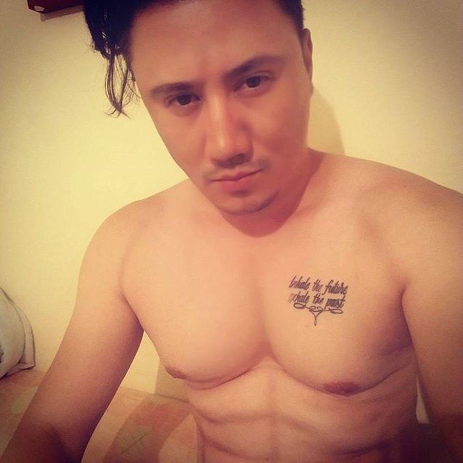 DIASSSS.......Sexyboys Sexybodies Sexymen Maluma  Thalia Thaliafeatmaluma Mileycyrus Iloveyou Selenagomez