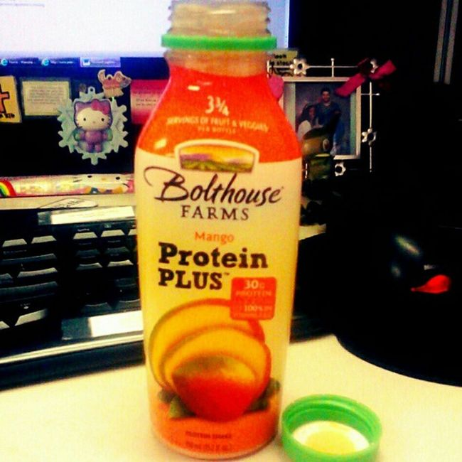 Breakfast lol. #mango #fruits #veggies #proteinpowder #proteinshake #proteindrink #protein #bolthouse #bolthousefarms #breakfasttime #diet #weightloss #healthy #lowcarb #lowfat #lowcal #lowcalorie #soy #fitness #fitspo Lowfat Proteinshake Smoothie Lowcalorie Fruits Proteinpowder Healthy Lowcal Fitness Bolthouse Diet Nylonsnack Mango Bolthousefarms Weightloss Soyprotein Juice Proteindrink Veggies Proteinsoy Lowcarb Protein Soy BreakfastTime  Fitspo