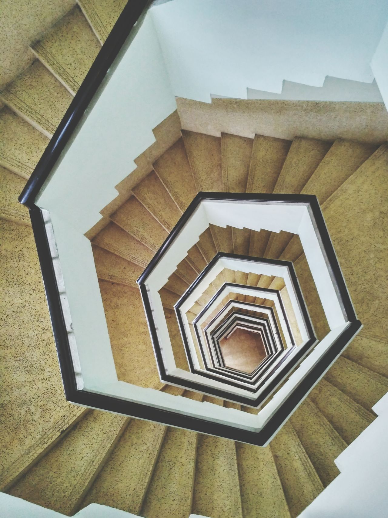 Perfectly shaped staircase Staircase Hexagon Loop