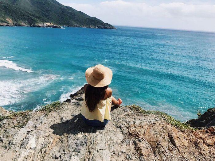 Hat Sea Water Nature Breeze