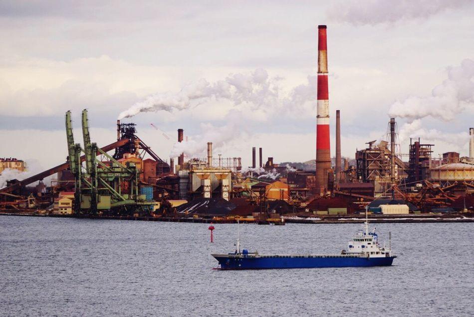 Japan Hokkaido Muroran Sky City Water Sony A6000 Ship Day Sea No People Factory Street Factory Zone Smoke - Physical Structure Funnel