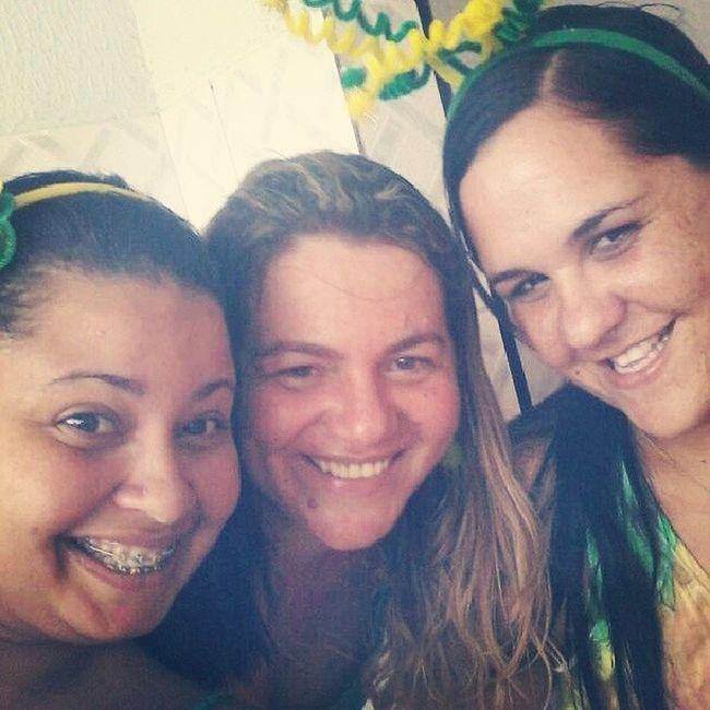 2° jogo do Brasil! Selfie NaodeuBrasil TaValendo Mostra_sua_forca_Brasil Amigas Lindas Decoreba kkkk