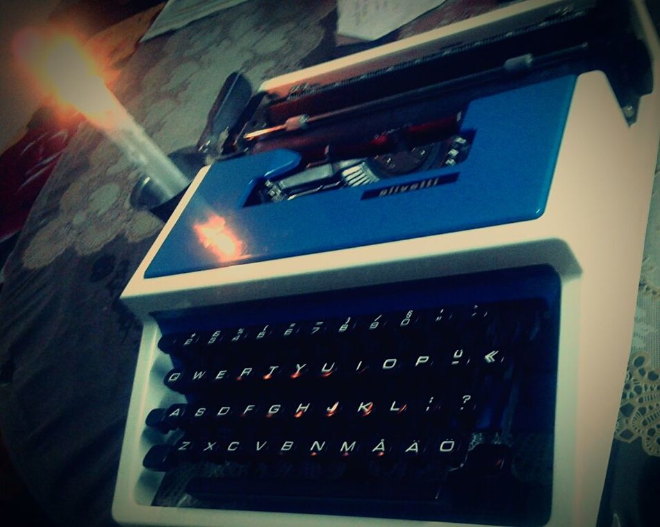 Old Typewriter Gifts ❤ from Stockholm, Sweden LuvIt Remember Love