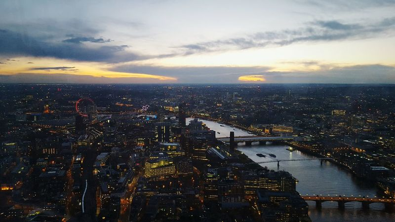 London Cities At Night London Eye Londonpop Londononly Londonlife Londonstreets Londoncity Londoners Londonarchitecture London_only The Shard Shard London View From Above View From The Top View From The Shard Dawn Sunset Beautiful Sunset Beautiful Sky Beautiful View