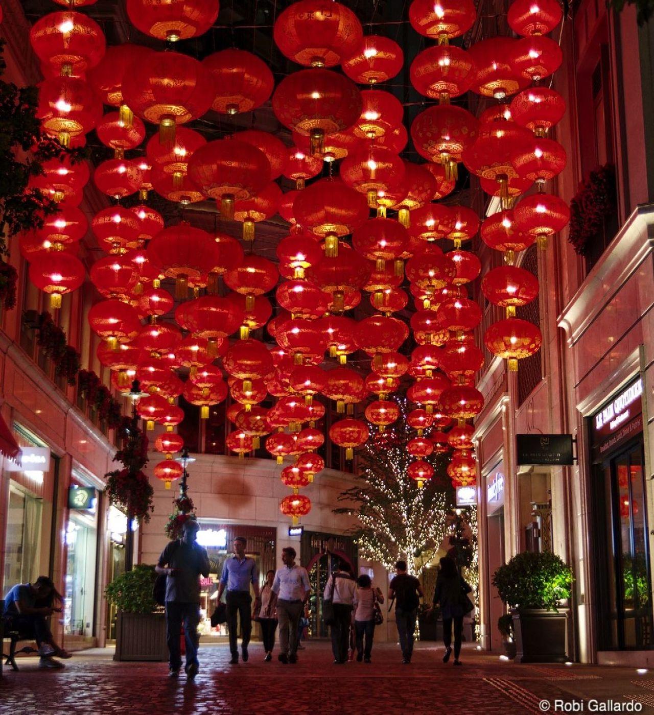 Lee Tung Street Chinese Lantern DSLR Dslrphotography Hanging HongKong Illuminated Lantern Night Night Lights Pentax Pentax K-3 People Red Street Street Photography