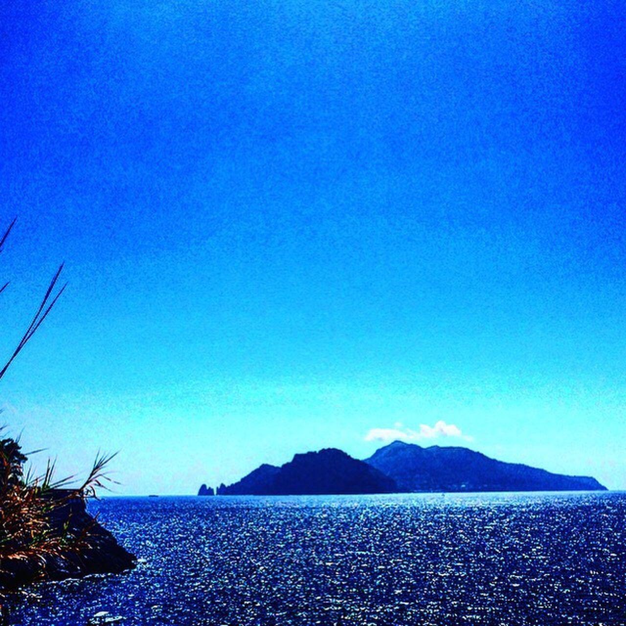 Miracapri, it' s amazing live here. Blue Capri, Italy Seascape